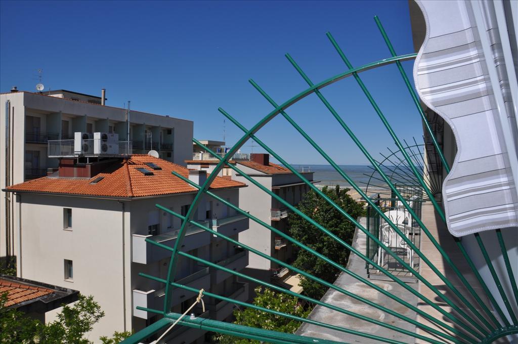 Camere dell hotel plaza hotel plaza rivazzurra di rimini for Piccoli piani di costruzione dell hotel